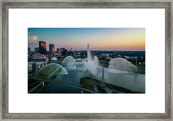Twilight At The Fountains Framed Print