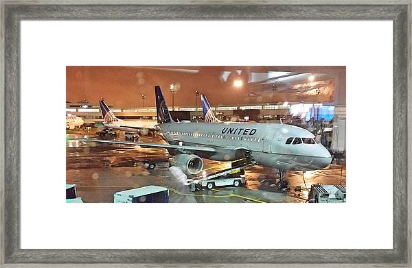 United Airlines A319 At Newark Airport Framed Print