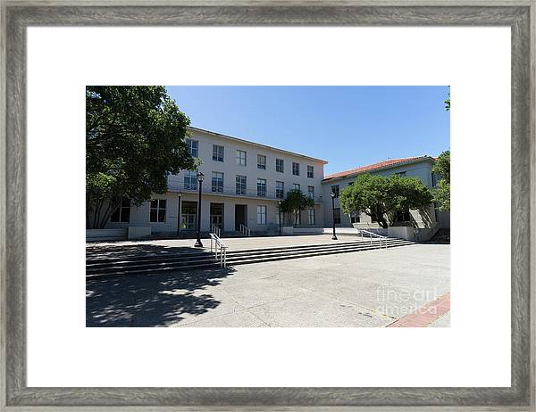University Of California At Berkeley Dwinelle Hall Dsc6274 Framed Print