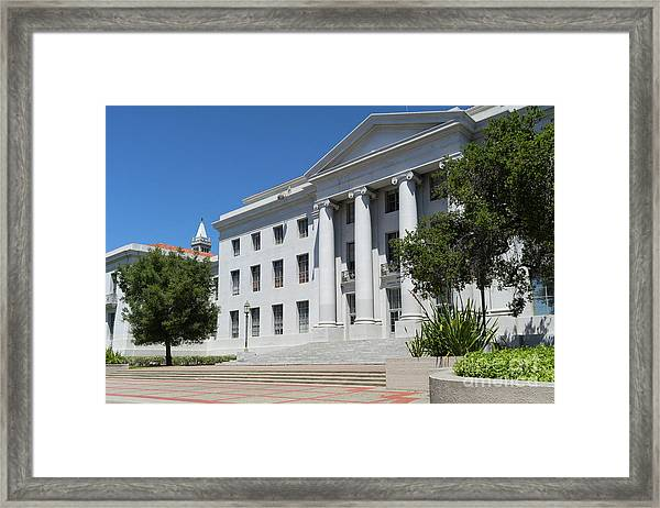 University Of California At Berkeley Sproul Plaza And Sather Tower Campanile Dsc6253 Framed Print