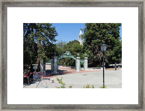 University Of California At Berkeley Sproul Plaza Sather Gate And Sather Tower Campanile Dsc6261 Framed Print