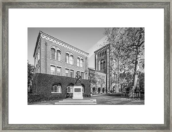 University Of Southern California Admin Bldg With Tommy Trojan Framed Print