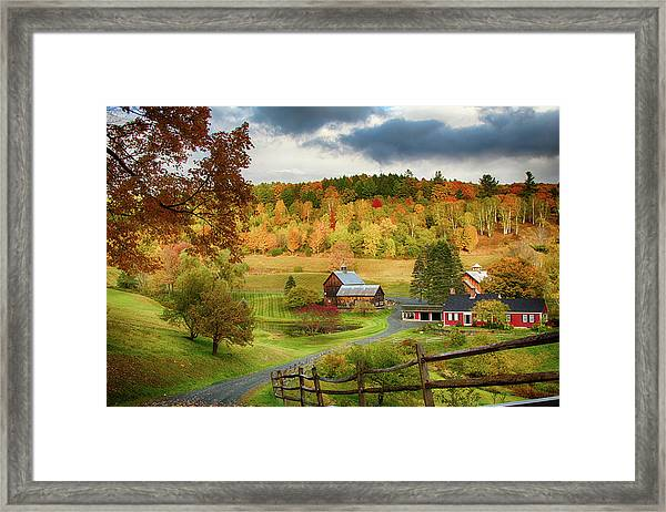 Vermont Sleepy Hollow In Fall Foliage Framed Print