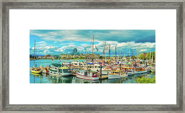 Victoria Harbor 2 Framed Print
