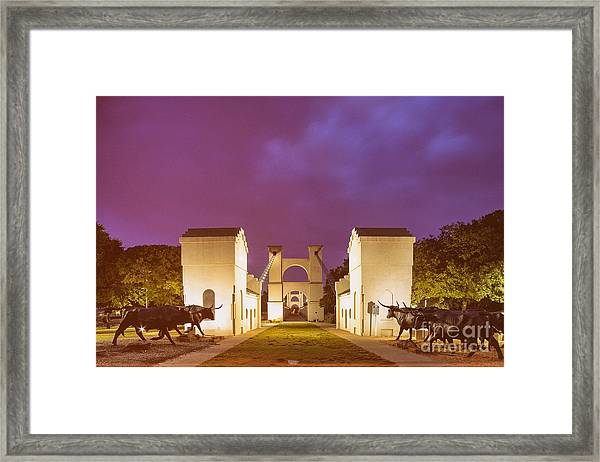 Vintage Photograph Of The Waco Suspension Bridge And Chisholm Trail At Dawn - Downtown Waco - Texas Framed Print