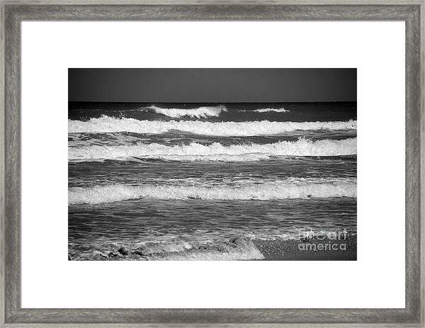 Waves 3 In Bw Framed Print
