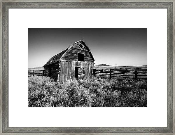 Weathered Barn Framed Print