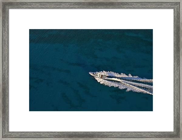 Yacht Underway Framed Print by Richard Steinberger