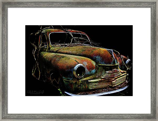Framed Print featuring the photograph Ye Ol Vanguard by Glenda Wright