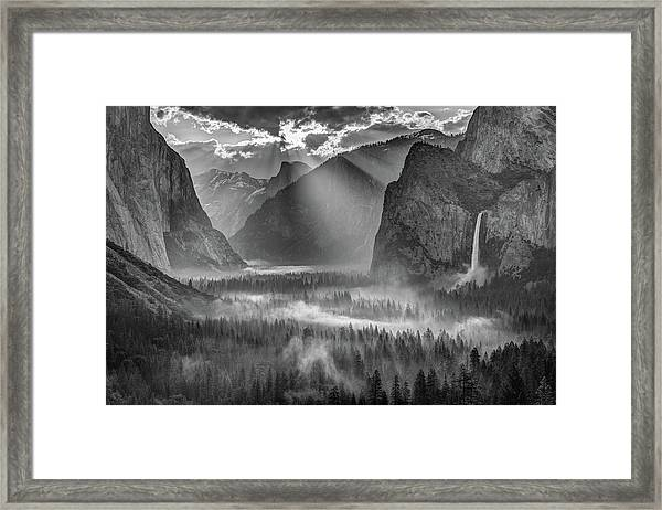 Yosemite Morning Sun Rays Framed Print