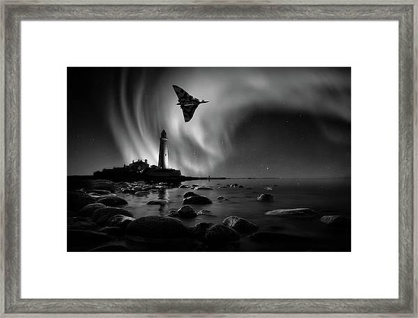 Auroral Splendour For The Vulcan Framed Print