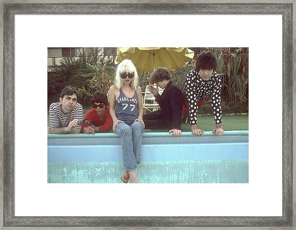 Blondie Portrait Session In La Framed Print by Michael Ochs Archives