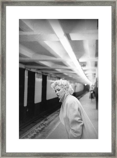 Marilyn In Grand Central Station Framed Print by Michael Ochs Archives
