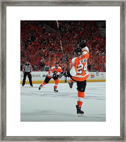Pittsburgh Penguins V Philadelphia Framed Print by Bruce Bennett