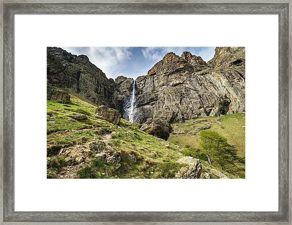 Framed Print featuring the photograph Raysko Praskalo Waterfall, Balkan Mountain by Milan Ljubisavljevic
