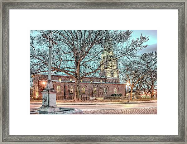 Saint Annes Circle With Fountain Framed Print