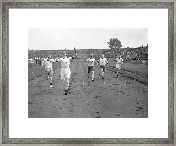 100 Yards Sprint Framed Print