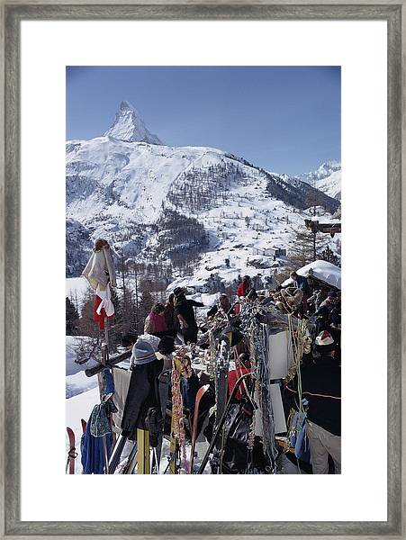 Zermatt Skiing Framed Print by Slim Aarons