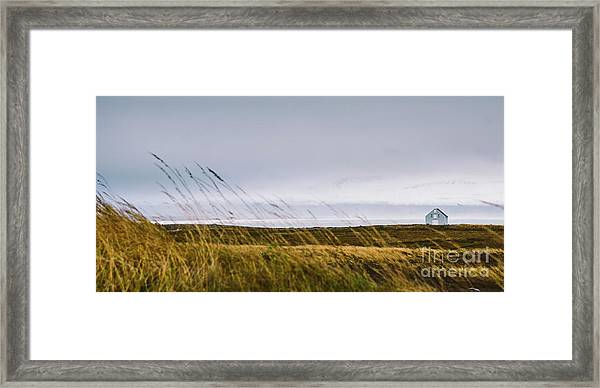 Beautiful Panoramic Photos Of Icelandic Landscapes That Transmit Beauty And Tranquility. Framed Print