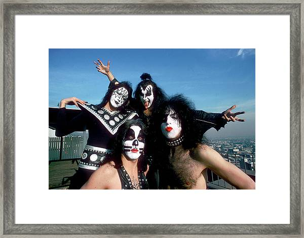Kiss Portrait Session In La Framed Print