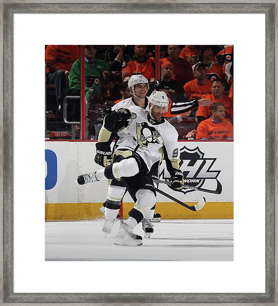 Pittsburgh Penguins V Philadelphia Framed Print by Bruce Bennett