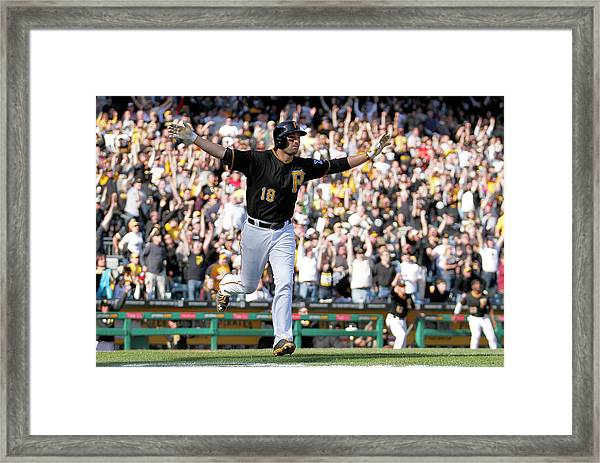 Chicago Cubs V Pittsburgh Pirates Framed Print