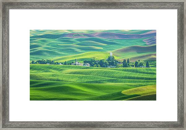 A Home In The Hills Framed Print