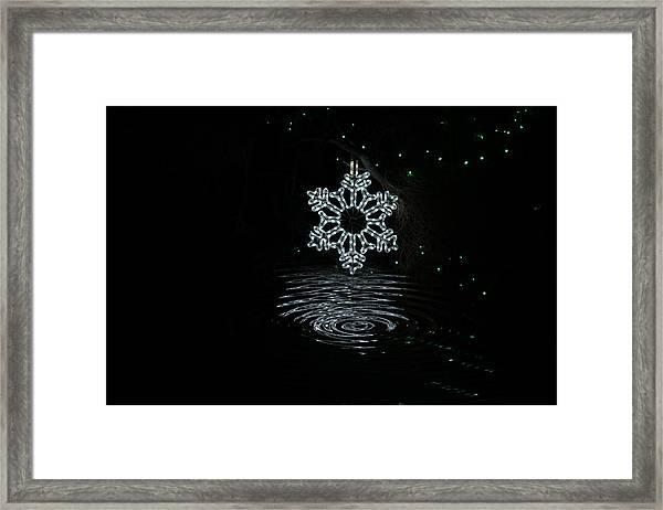 A Ripple Of Christmas Cheer Framed Print