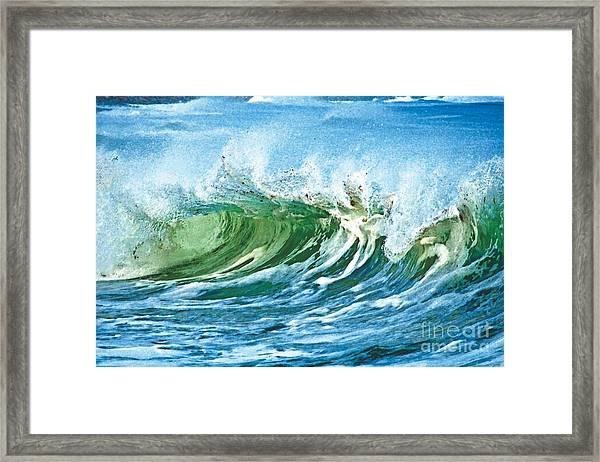 Amazing Wave Framed Print