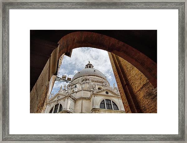 Basilica Di Santa Maria Della Salute Venice Italy Framed Print