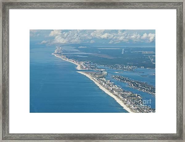 Beachmiles-5137-tm Framed Print