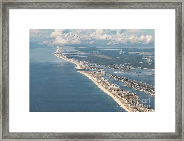 Beachmiles-natural-5137 Framed Print