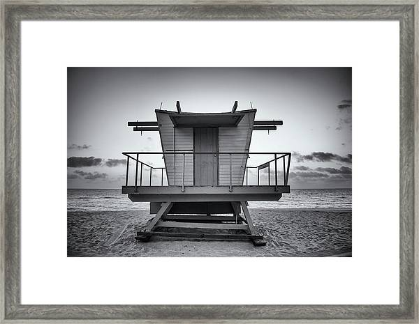 Black And White Lifeguard Stand In Framed Print by Boogich