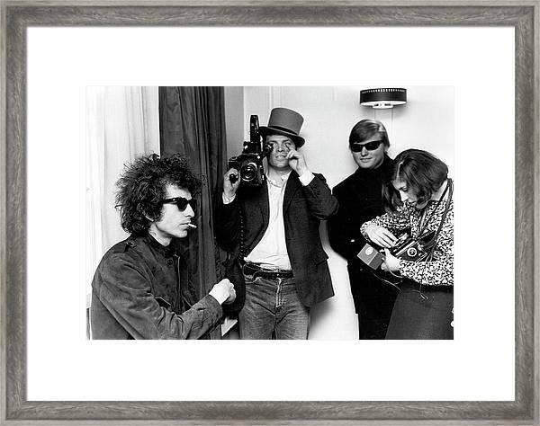 Bob Dylan & D.a. Pennebaker From Dont Framed Print by Michael Ochs Archives