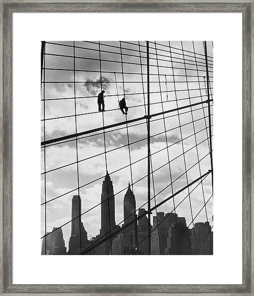 Brooklyn Bridge Workers Framed Print by Archive Photos