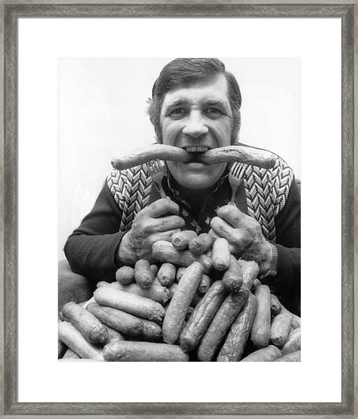 Champion Bangers Framed Print by Ian Tyas