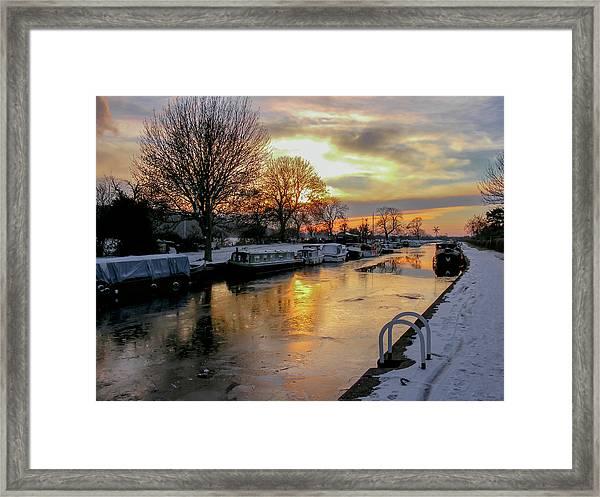 Cranfleet Canal Boats Framed Print