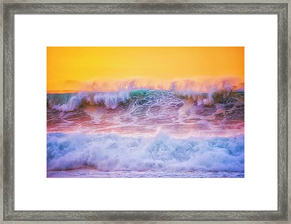 Endless Waves Framed Print by Fernando Margolles