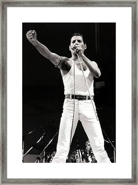Entertainmentmusic. Live Aid Concert Framed Print by Popperfoto