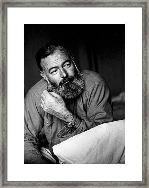 Ernest Hemingway Framed Print by Kurt Hutton