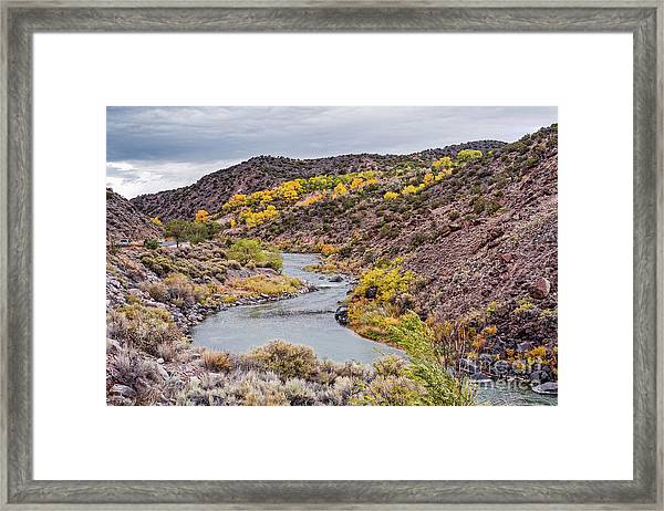Fall Scene At Rio Grande Del Norte Near Embudo - Rio Arriba County New Mexico Land Of Enchantment Framed Print