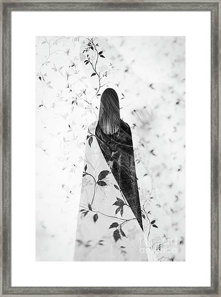 Girl #0571 Framed Print