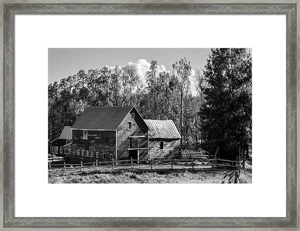 Hudson Valley Ny Countryside Bw Framed Print