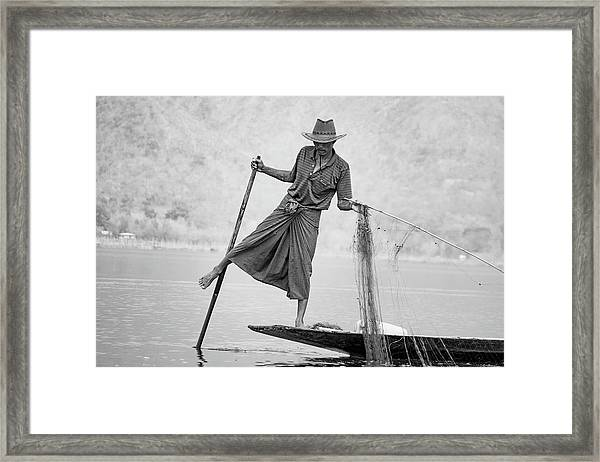 Inle Lake Fisherman Byw Framed Print
