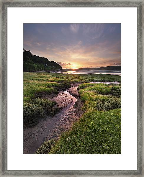 Framed Print featuring the photograph Laugharne Estuary At Sunrise by Elliott Coleman