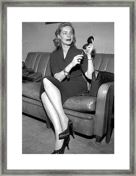 Lauren Bacall At Idlewild Airport Framed Print