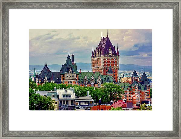 Le Chateau Frontenac Framed Print