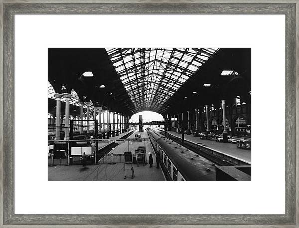 Liverpool St Station Framed Print