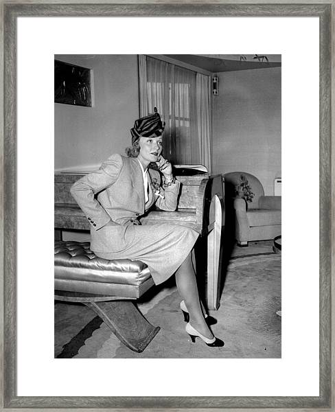 Marlene Dietrich Arriving In New York Framed Print