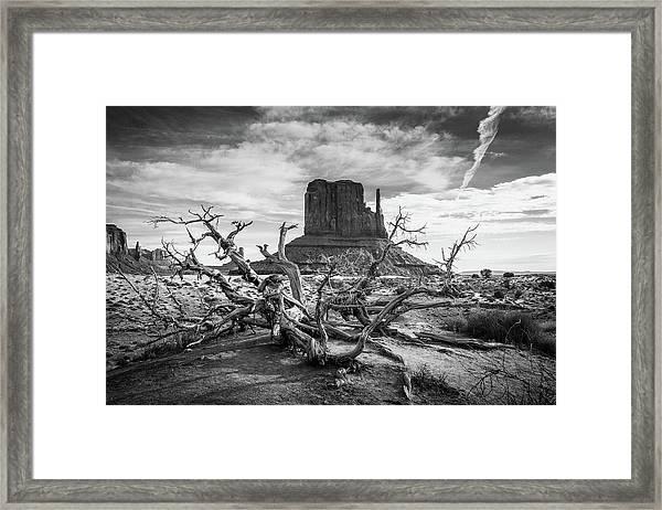 Monument Valley I Framed Print